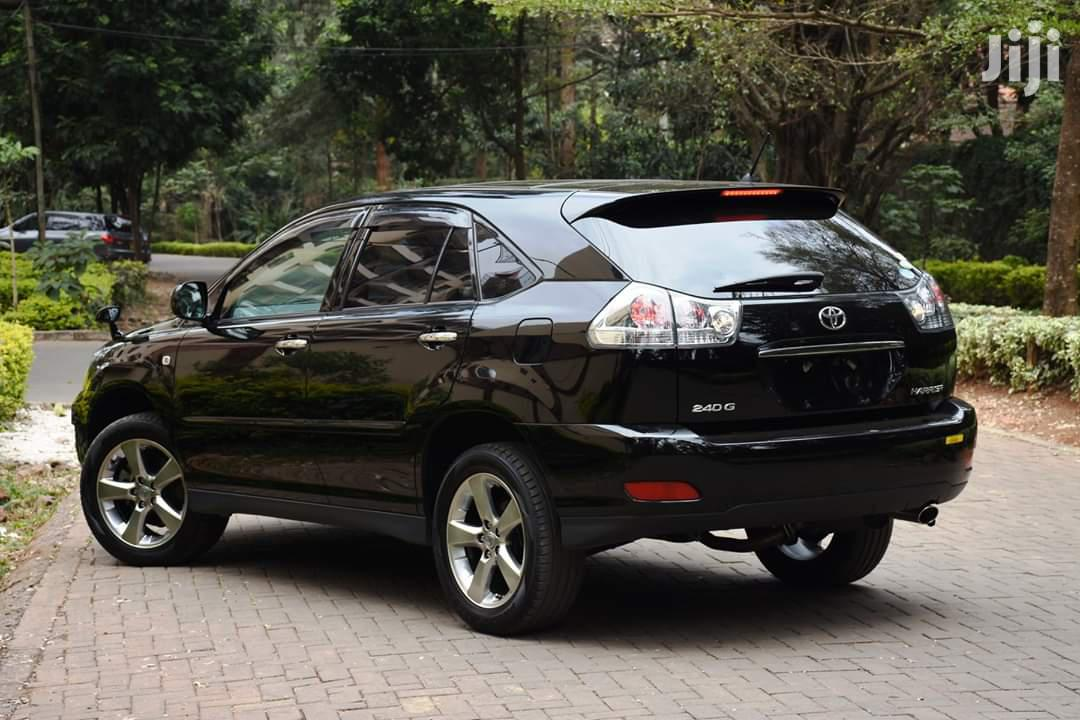 Archive: Toyota Harrier 2012 Black