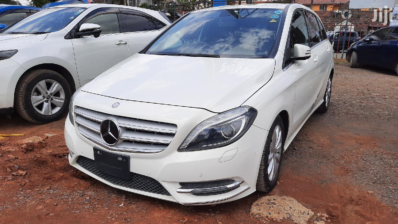 New Mercedes-Benz B-Class 2012 White