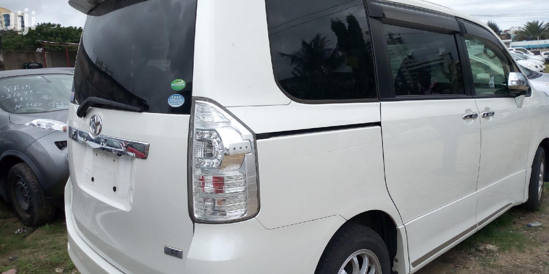 Toyota Voxy 2013 White | Cars for sale in Majengo, Mvita, Kenya