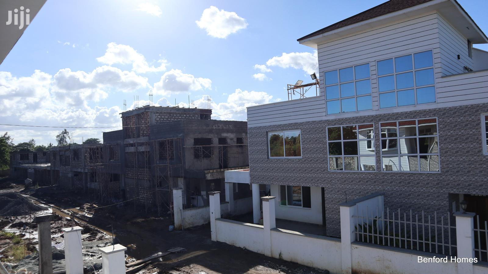 4br Townhouse On Sale Bamburi/ Benford Homes | Houses & Apartments For Sale for sale in Bamburi, Mombasa, Kenya