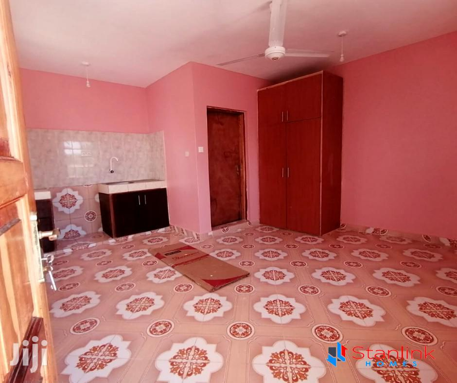 SQ Studio Room To Let Nyali | Houses & Apartments For Rent for sale in Ziwa la Ng'ombe , Mombasa, Kenya