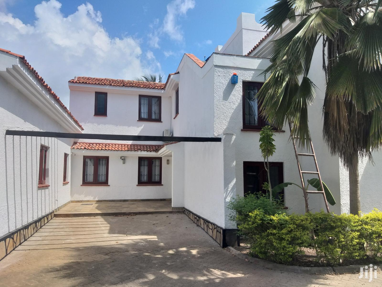 Nyali 3 Bedroom Maisonette For Sale With Swimming Pool