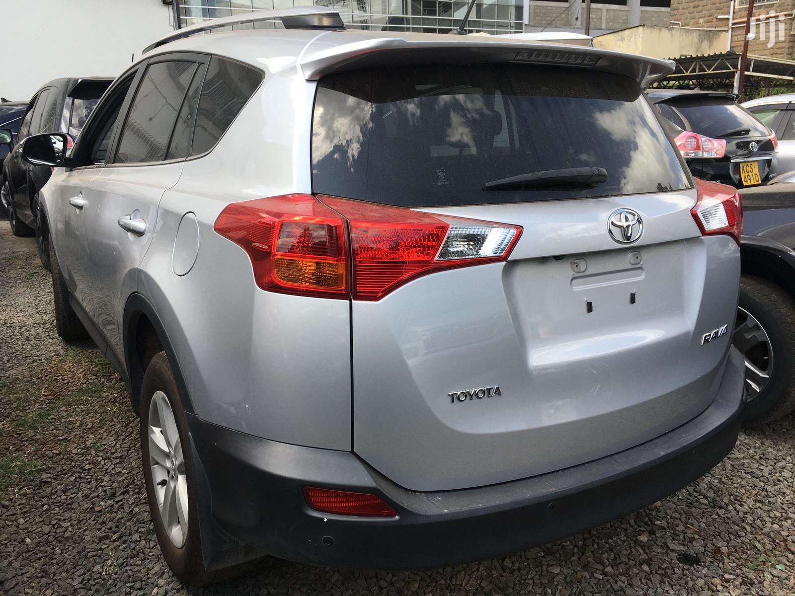 Archive: New Toyota RAV4 2014 Gray