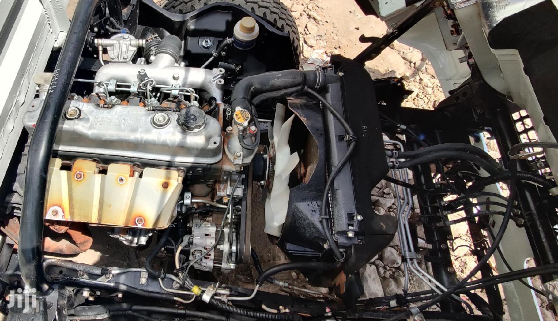 Archive: Mitsubishi Canter 4D34 2015 White