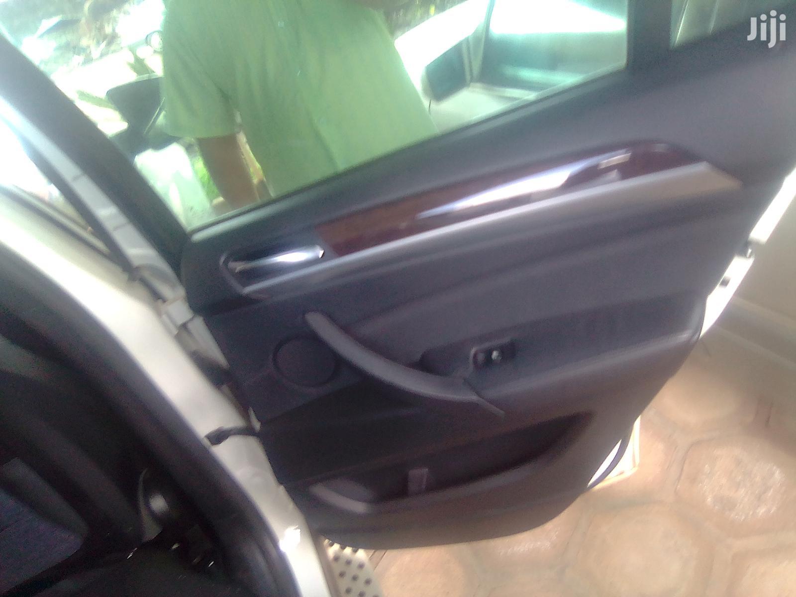 Archive: BMW X6 2010 xDrive30d White