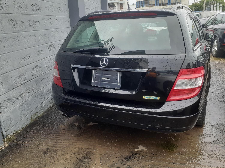 New Mercedes-Benz C200 2012 Black