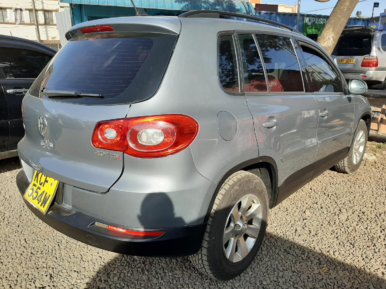 Archive: Volkswagen Tiguan 2009 2.0 S Gray