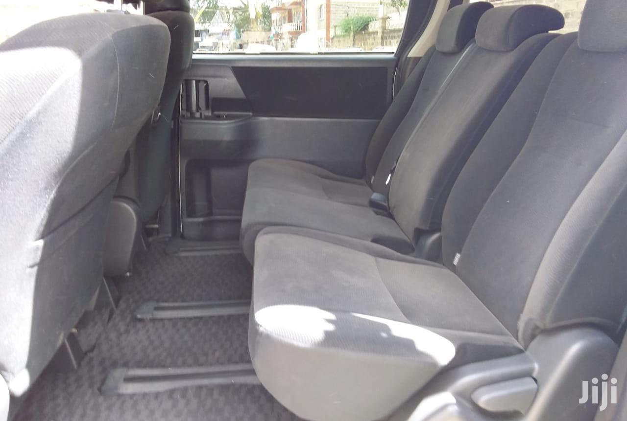 Archive: Toyota Voxy 2012 Silver