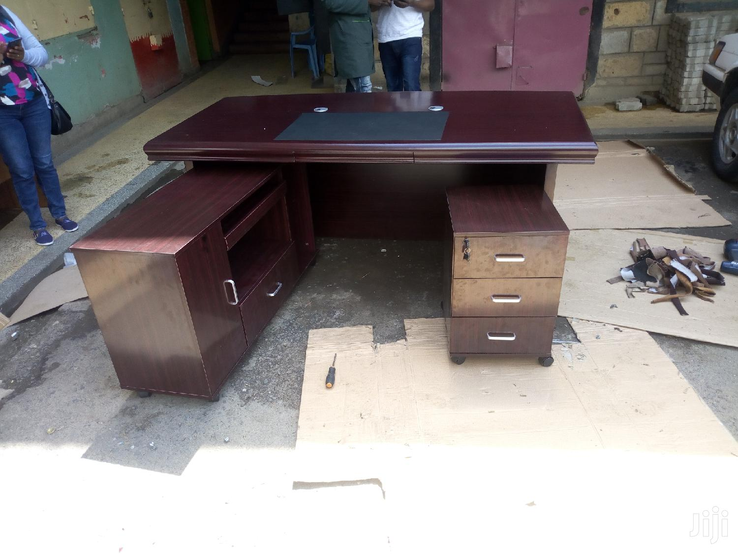 1.8m Executive Office Desk With Drawer And A Side Return