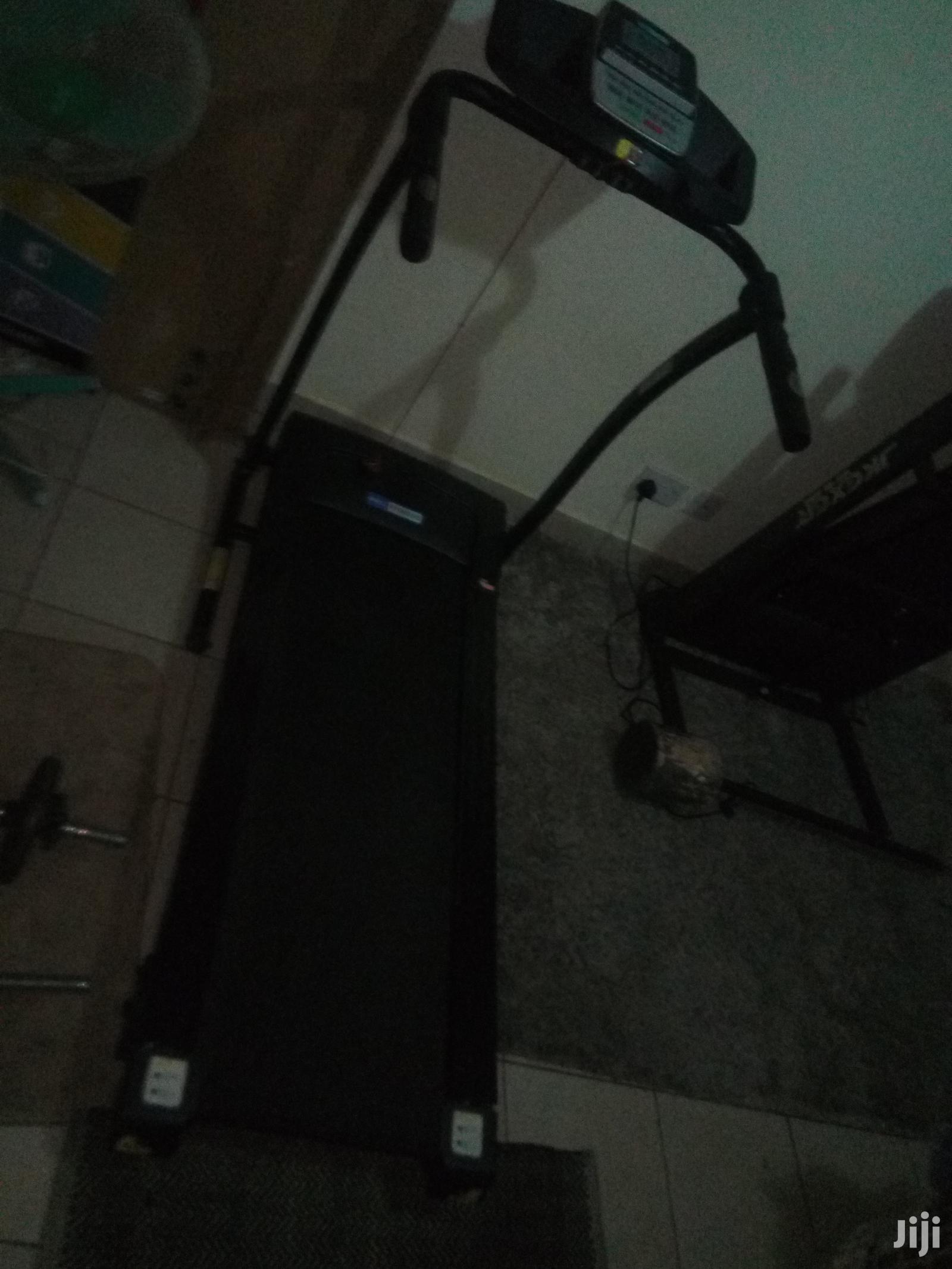Electric Treadmill And Gym Weights For Sale | Sports Equipment for sale in Kikuyu, Kiambu, Kenya