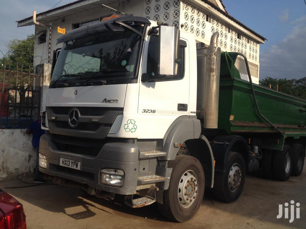 Mercedes Benz Axor Double Steering Tipper 2013