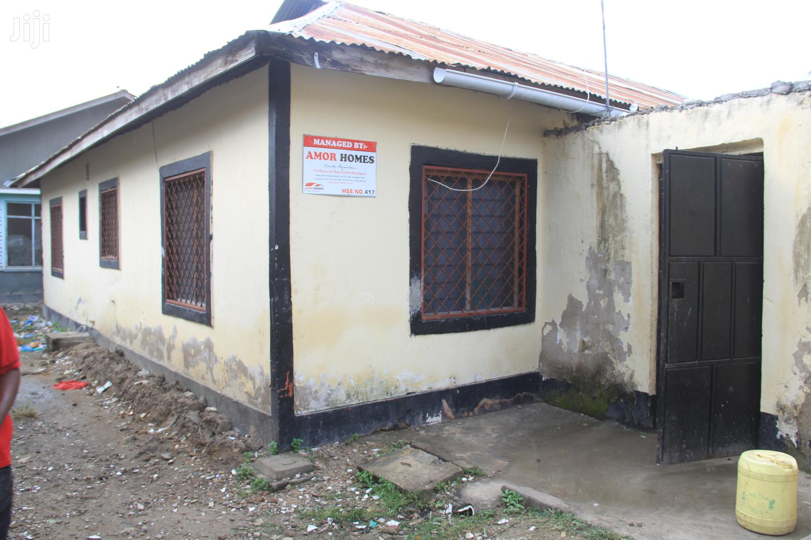 Two Bedroom To Let At Bamburi-naivas (Ref Hse 417) | Houses & Apartments For Rent for sale in Kisauni, Mombasa, Kenya