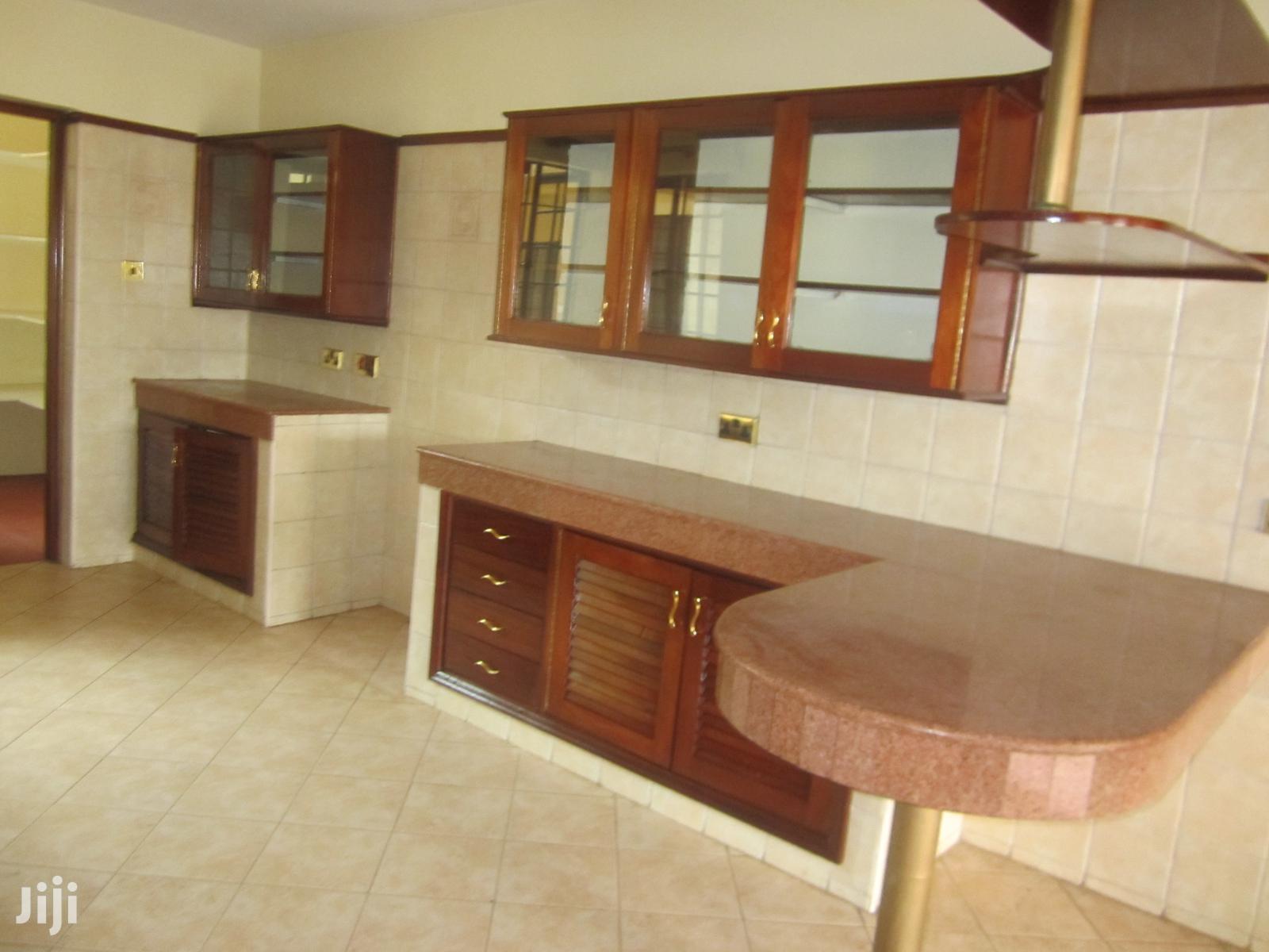 Archive: 4 Bedroom Duplex Apartment In Lavington To Let
