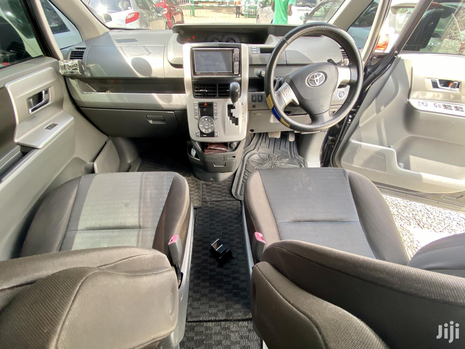 Toyota Voxy 2010 Black | Cars for sale in Kilimani, Nairobi, Kenya