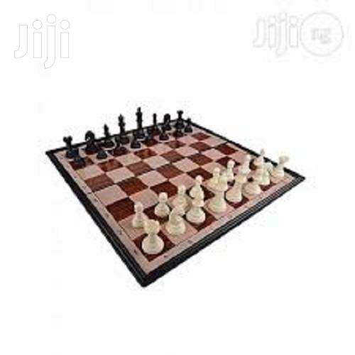 Chess Board Game Magnetic Foldable Travel Chess Set