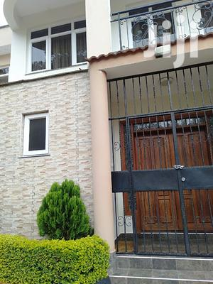 Quick Sale 5bedroom Townhouses For Sale In Lavington Green.   Houses & Apartments For Sale for sale in Nairobi, Lavington