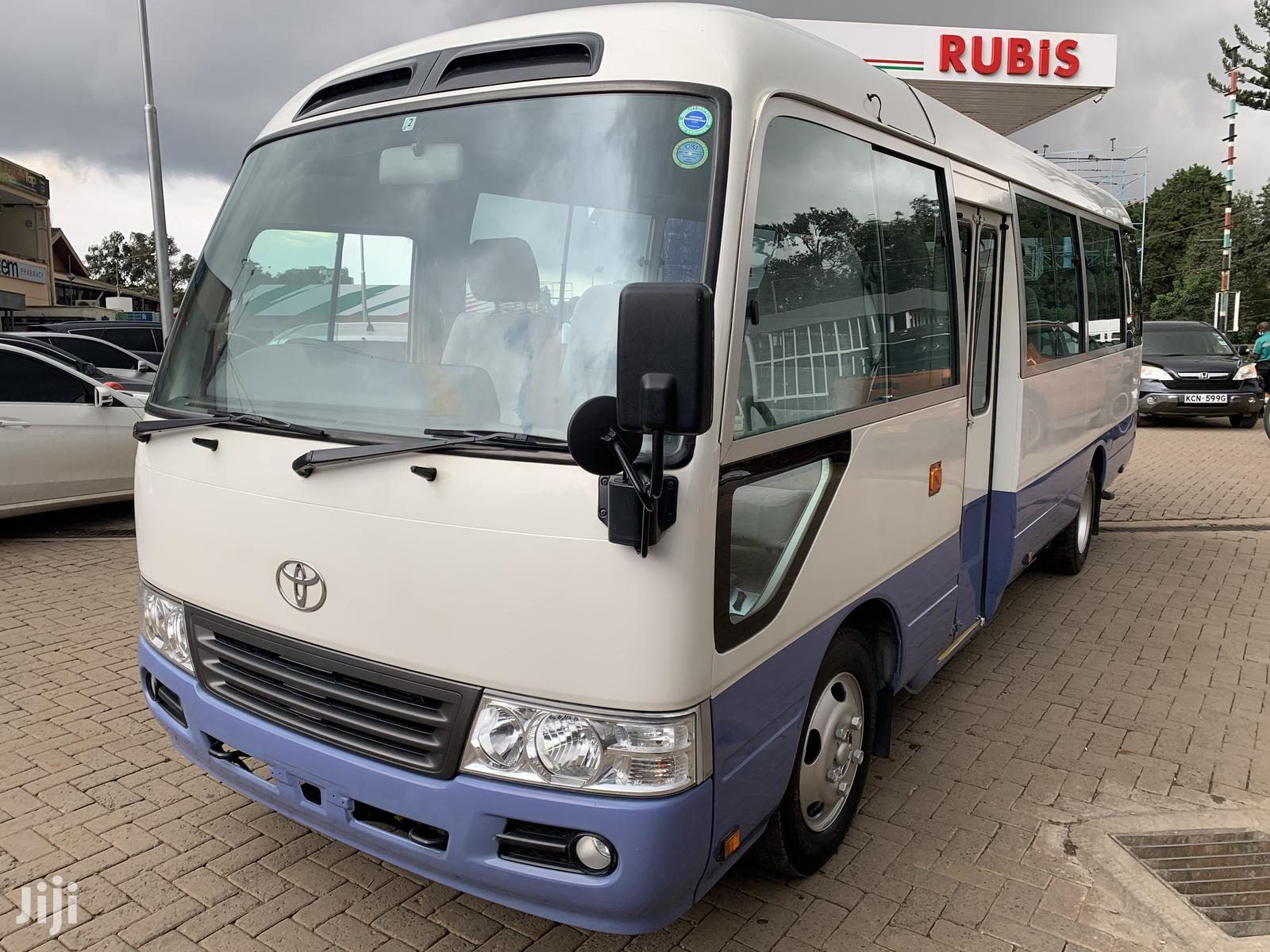 Coaster Bus 2014 Model Automatic Diesel 29 Seater