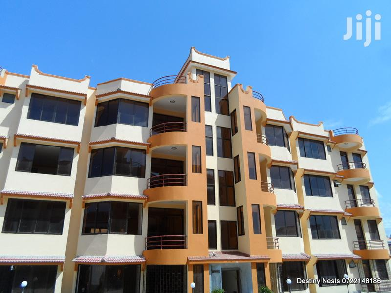 3 Bedroom Rental Family Apartment With a Pool Nyali