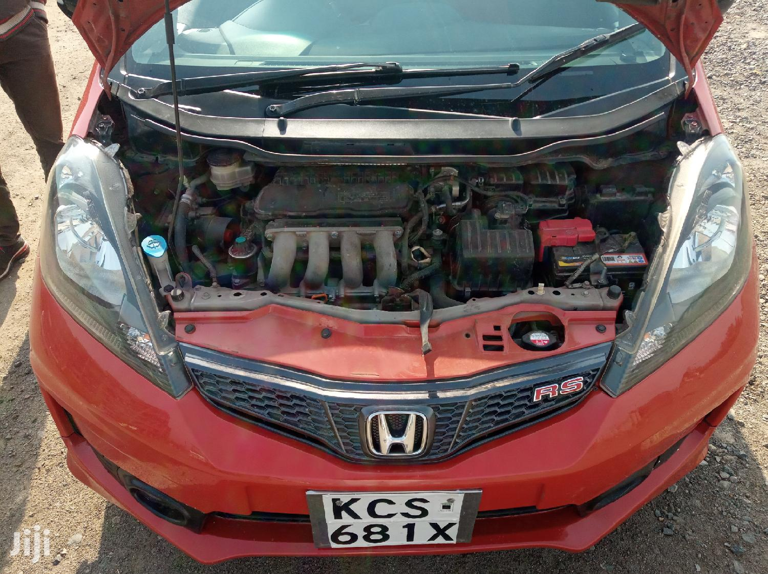 Archive: Honda Fit 2012 Sport Automatic Red