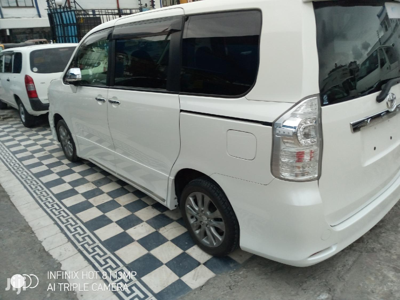 Toyota Voxy 2013 White | Cars for sale in Mvita, Mombasa, Kenya