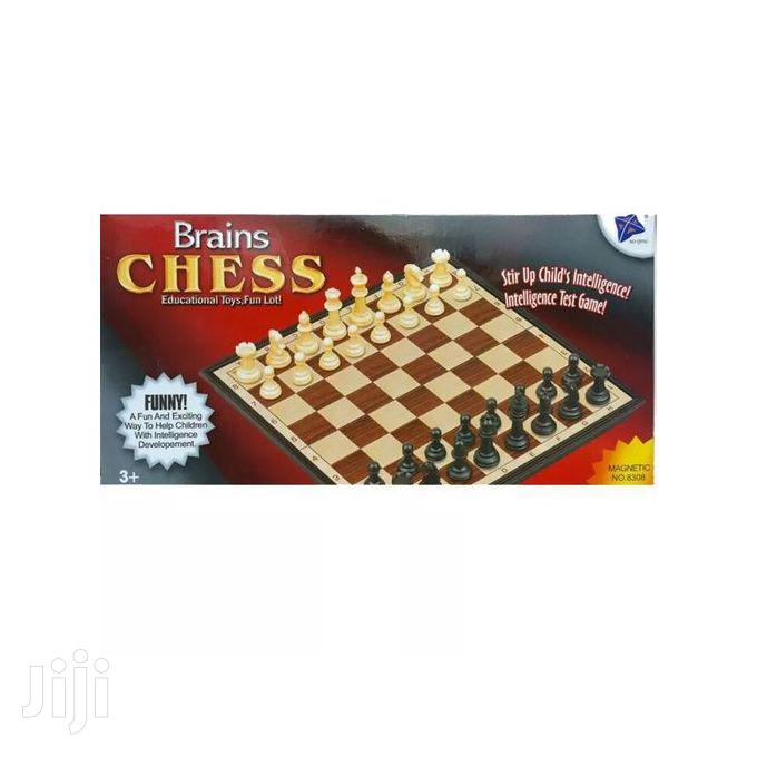 Chess Board Game Magnetic & Foldable Travel. Outdoors