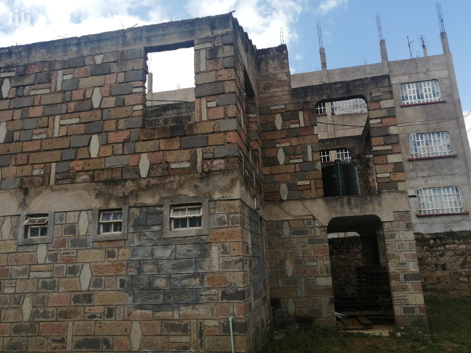 Thika Section 9 Unfinished House 4 Sale
