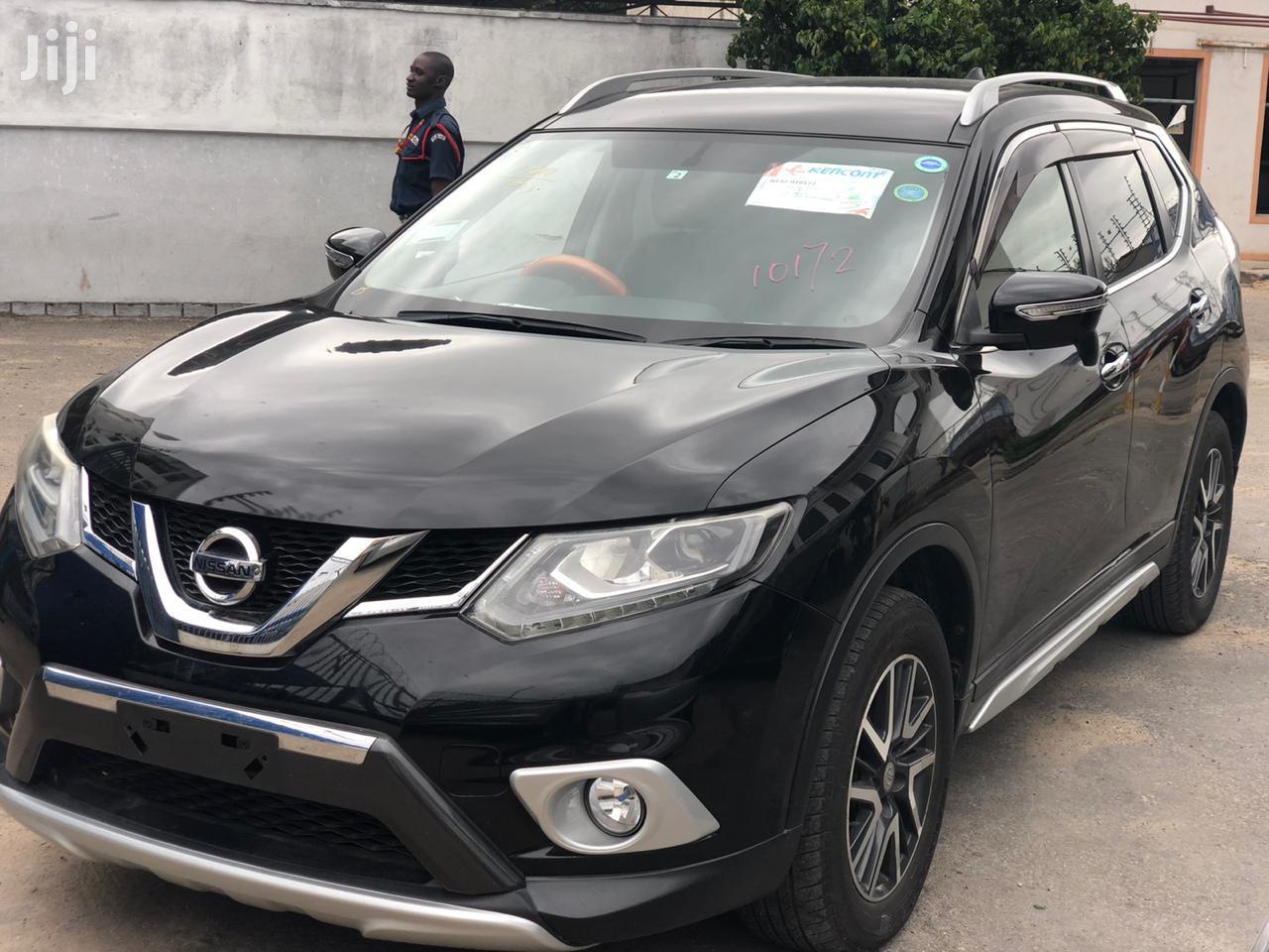 New Nissan X-Trail 2014 Black
